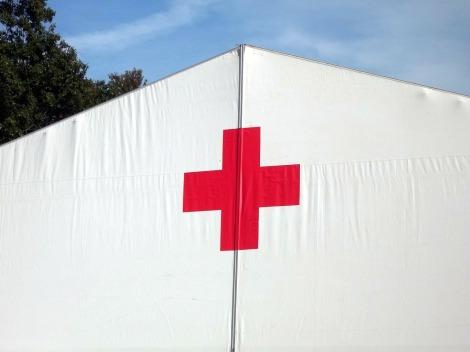 red-cross-19494_1280.jpg